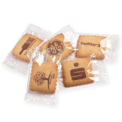Bedruckte Vanille-Butterkekse einzeln verpackt in Klarsichtfolie