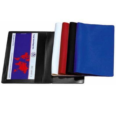 Flugtickettasche aus Folie in verschiedenen Farben mit Logoprägung