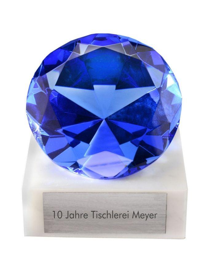 Glasdiamant auf Marmorsockel zum Jubiläum mit Gravur